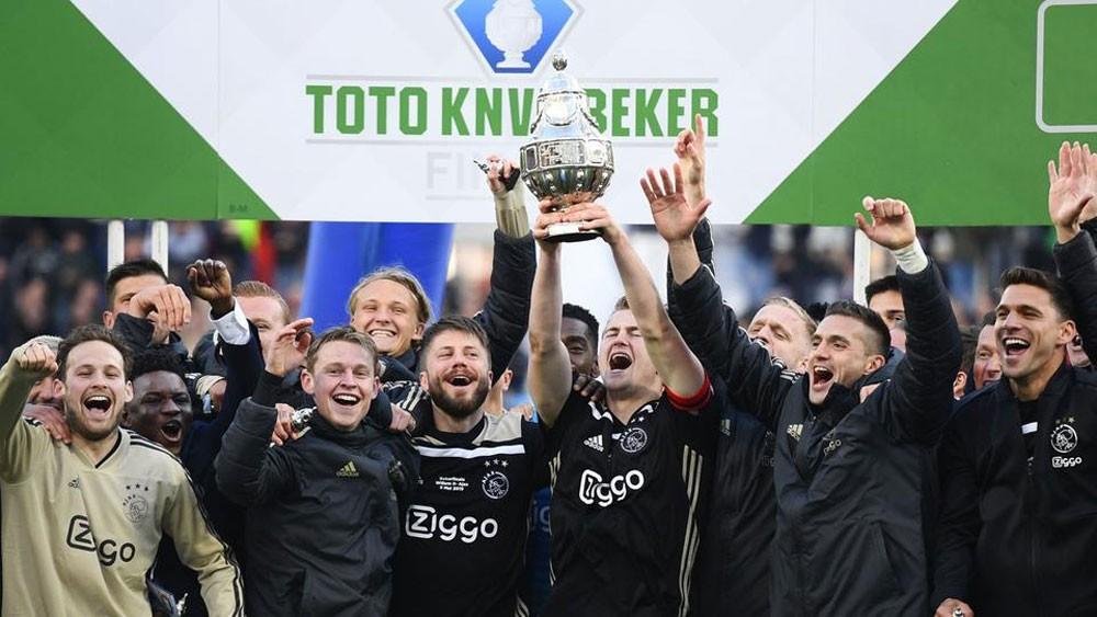 أياكس يستعد لتوتنهام بتحقيق لقب كأس هولندا