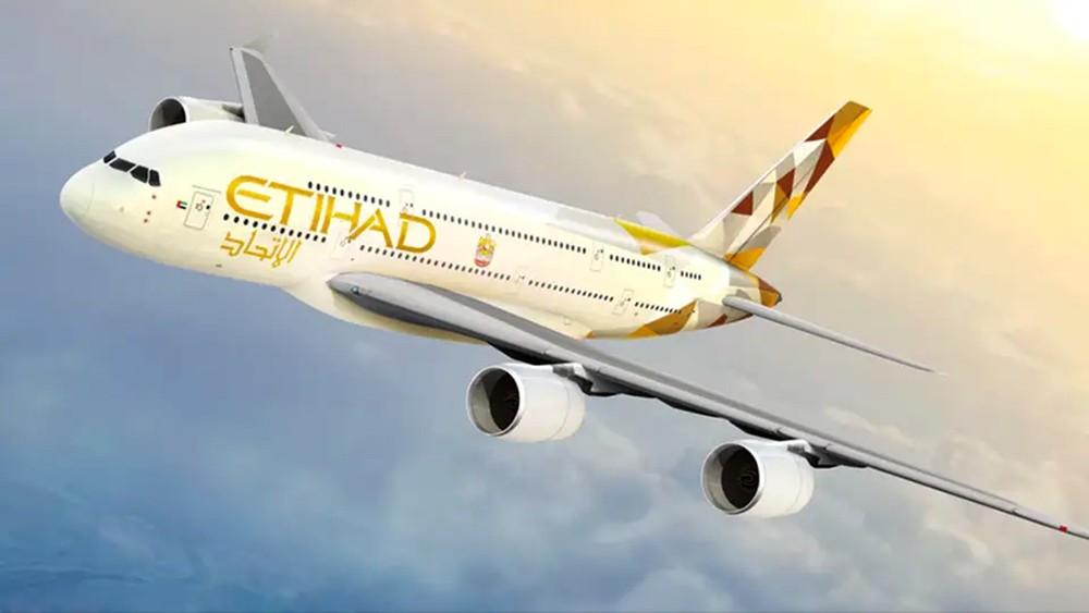 """""""الاتحاد للطيران"""" ترفع عدد رحلاتها إلى لندن في الصيف"""