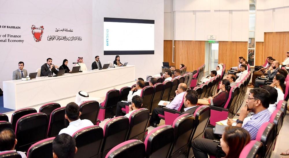 الجهاز الوطني للإيرادات يعقد ورشة عمل حول القيمة المضافة لقطاع بيع التجزئة والجملة
