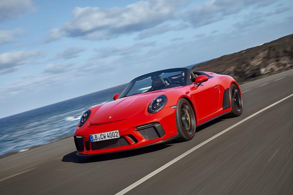 سيارة 911 سيبدستر الجديدة تدخل خط الإنتاج كإصدار محدود