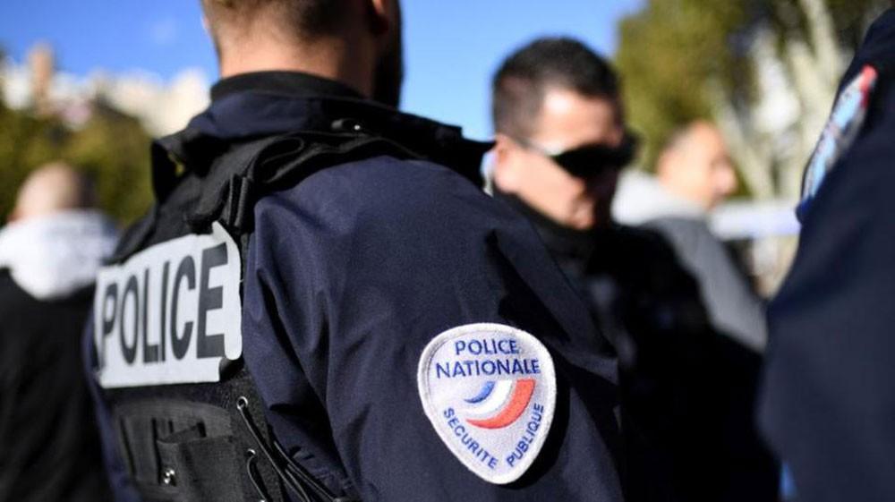 الشرطة الفرنسية: مسلح يحتجز عدة رهائن في متجر بتولوز