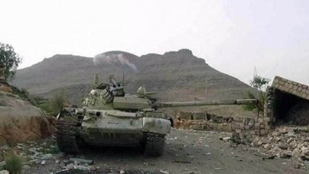 صعدة.. التحالف يستهدف تعزيزات حوثية في كتاف