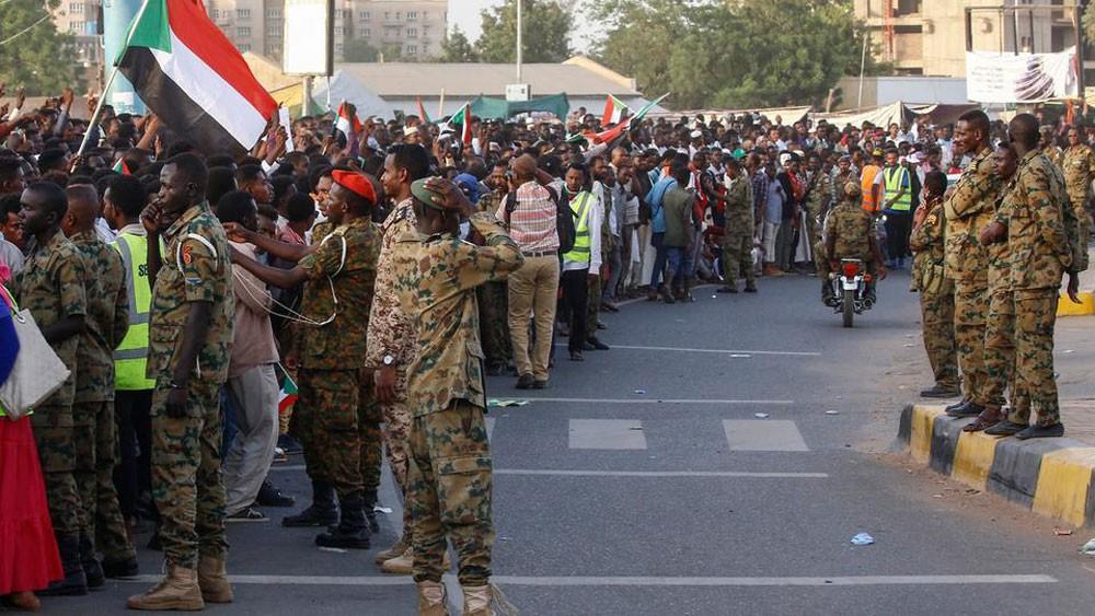 المجلس الانتقالي السوداني يدعو ممثلي الحراك الشعبي لاجتماع