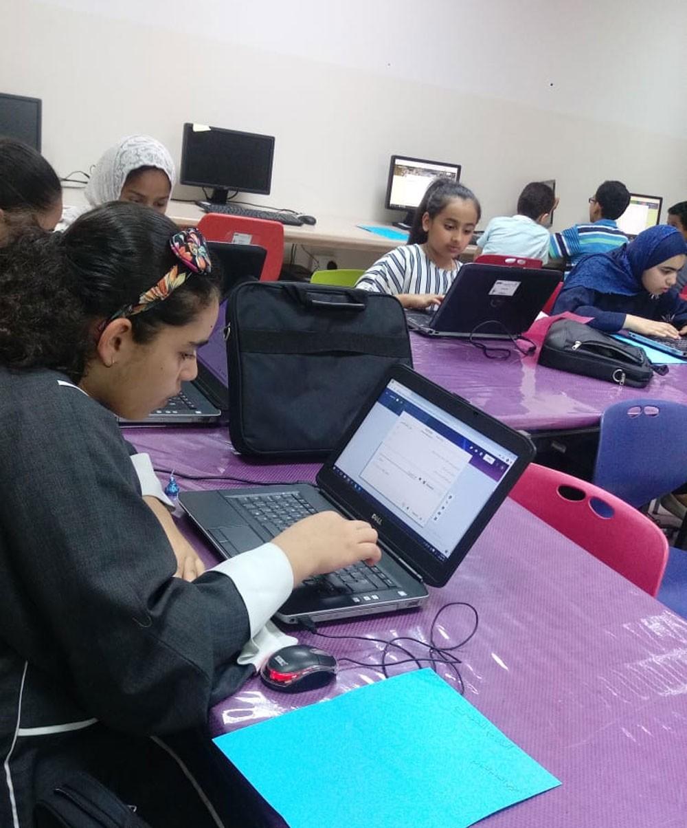 """الشباب والتكنولوجيا تقدم ورشة عمل """"الاختبارات والمسابقات الالكترونية"""""""