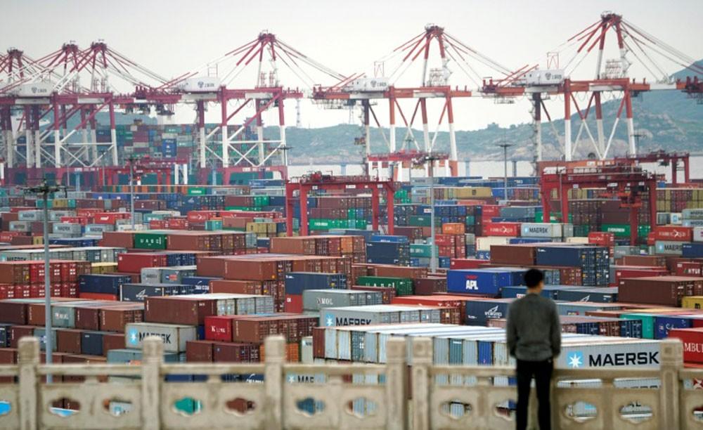 الصين: سنتخذ التدابير المضادة اللازمة بعد زيادة الرسوم الجمركية الأميركية