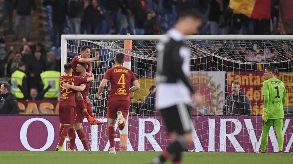 روما يهزم يوفنتوس ويخطف المركز الخامس