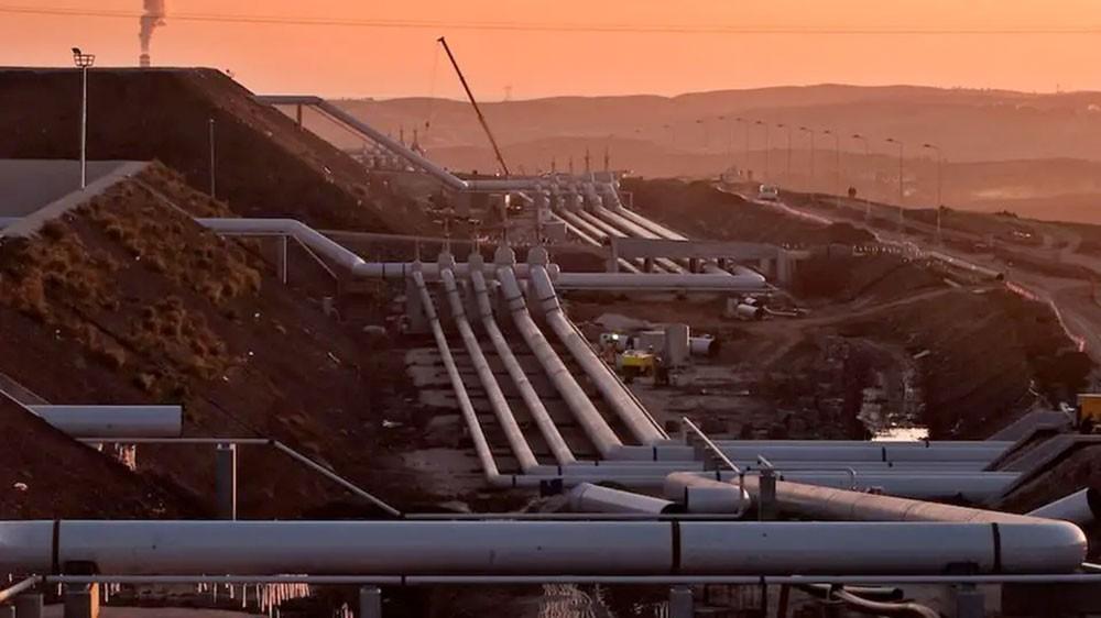معلومات مفصلة عن محطتي النفط المستهدفتين بالسعودية