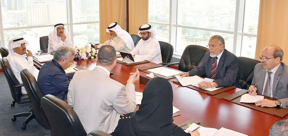 اللجنة الوزارية للشؤون القانونية تستعرض عددا من مشروعات القوانين