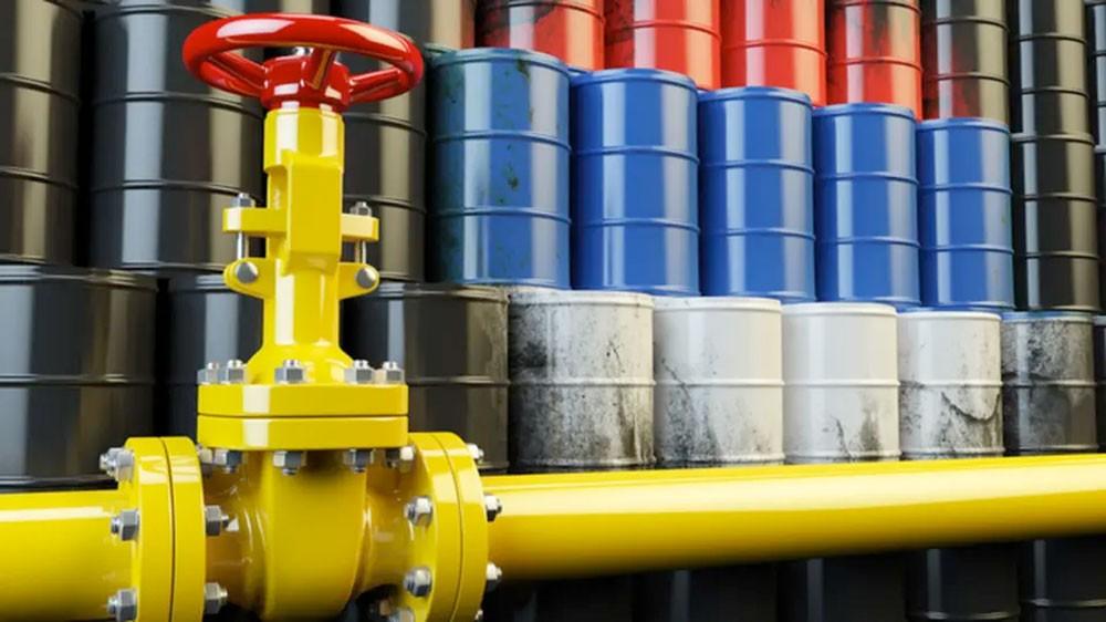 مصادر: لا حل سهلا لمعالجة النفط الروسي الملوث