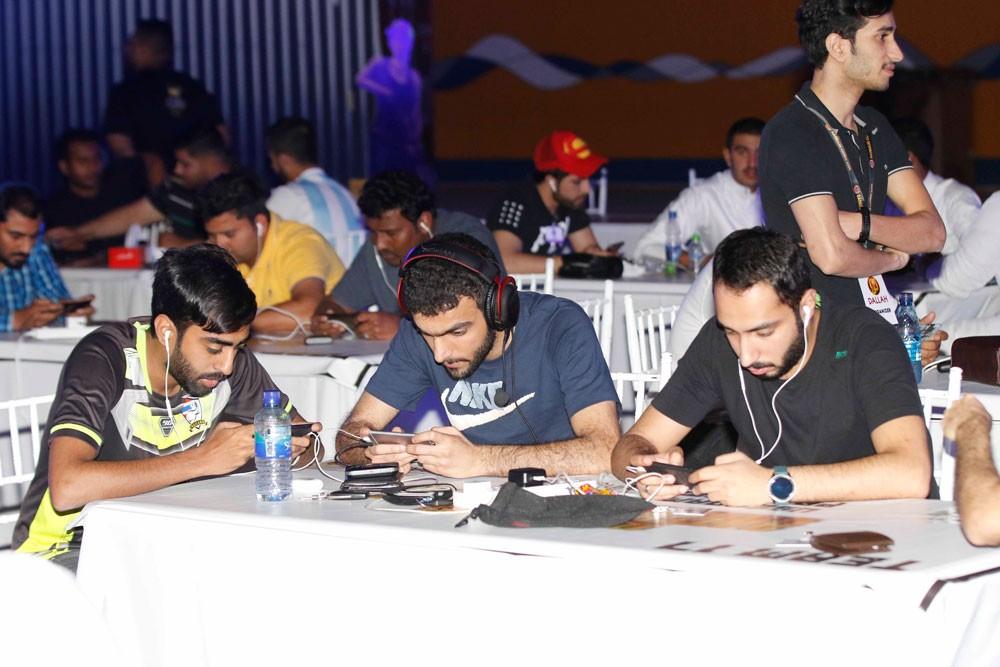 الألعاب الإلكترونية تشهد منافسات ساخنة في مهرجان ناصر بن حمد