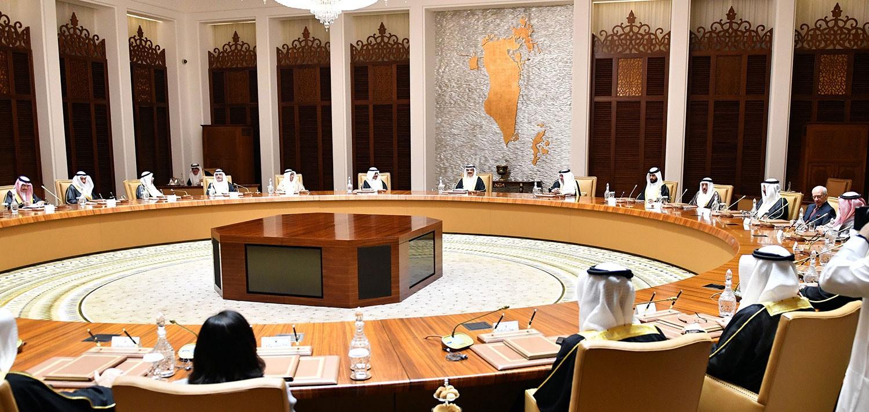 العاهل: سياسات غير مسؤولة تستهدف بعض دول التعاون وتهدد إمدادات النفط العالمية