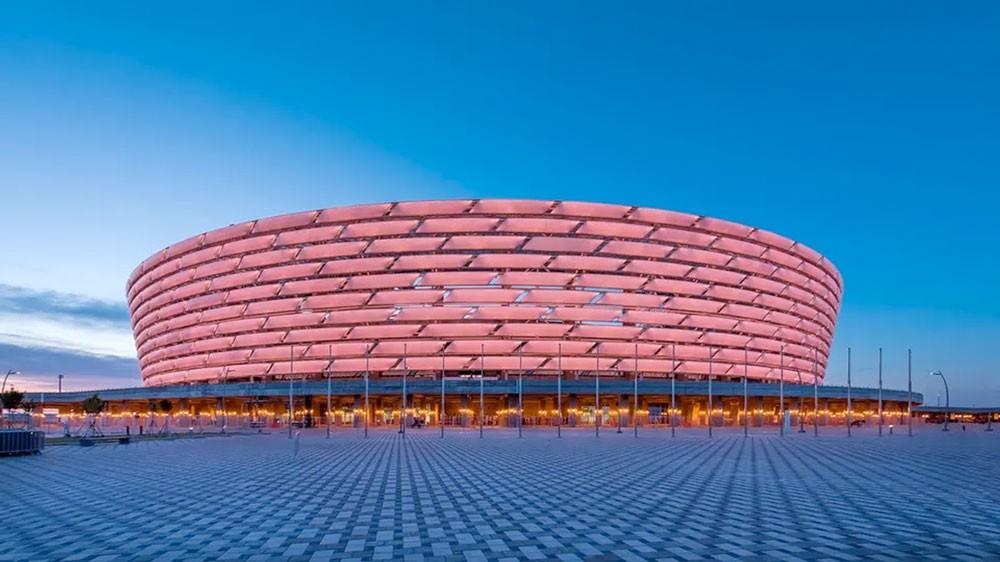 أرسنال يطلب تفسيراً لإقامة نهائي الدوري الأوروبي في باكو