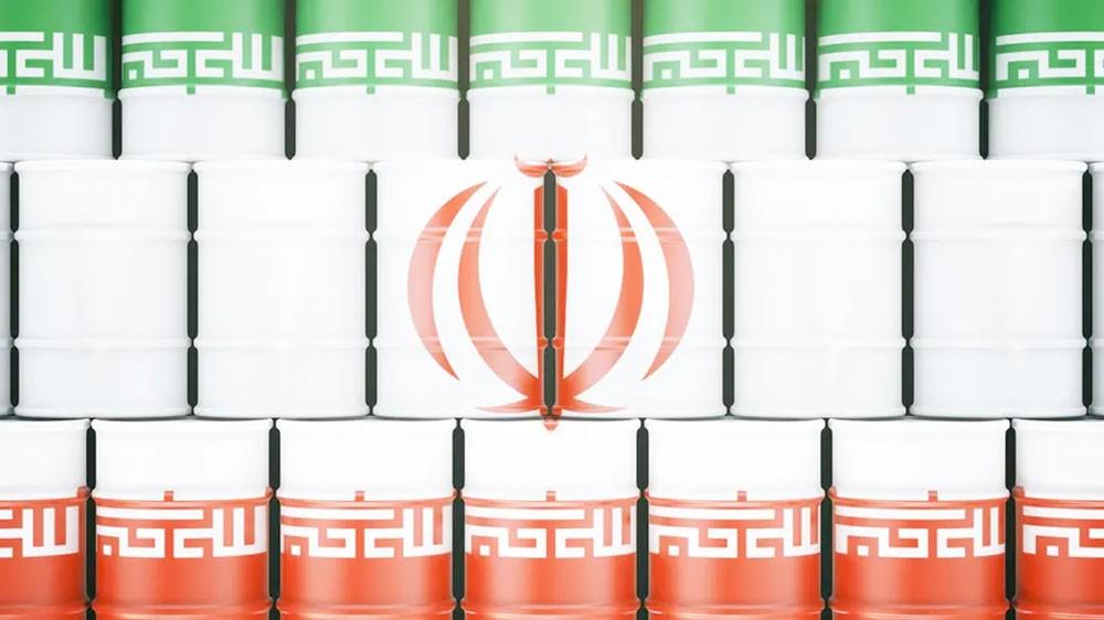 رويترز: صادرات نفط إيران أقل من 500 ألف برميل يومياً