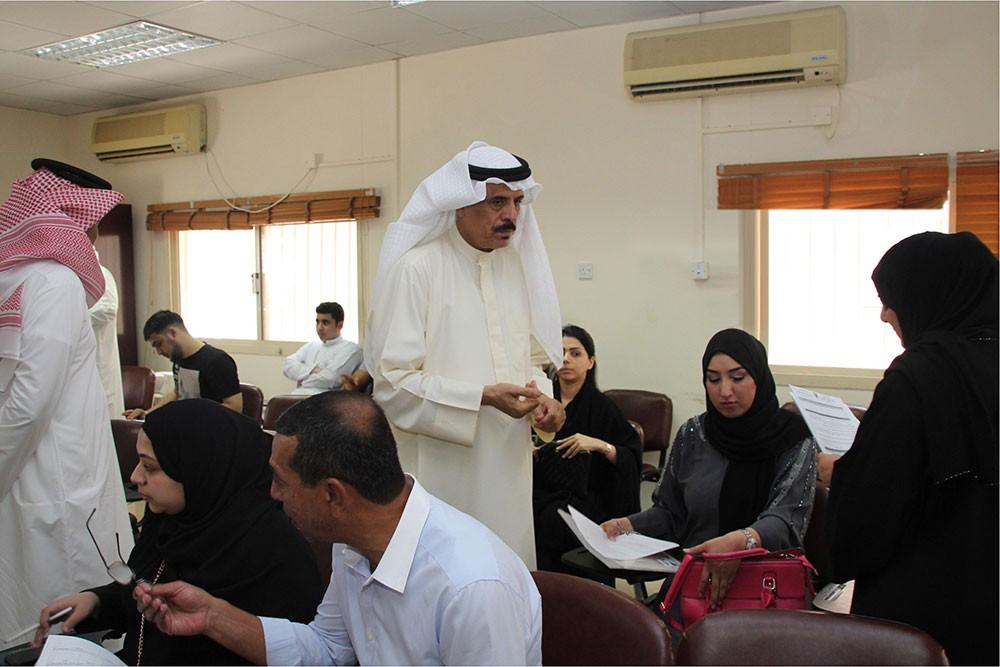 وزير التربية والتعليم يتفقد إجراءات استقبال طلبات شغل وظائف التدريس للعام الدراسي القادم