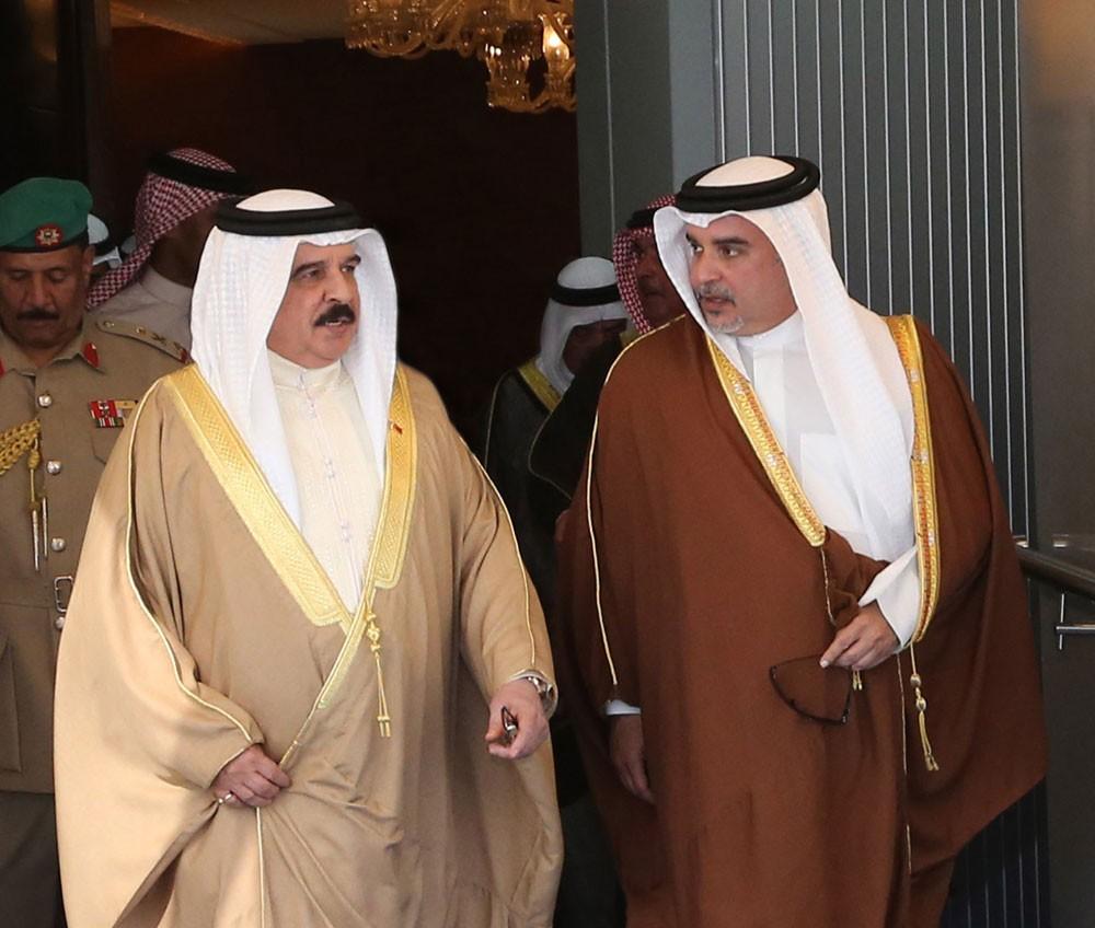 جلالة الملك يغادر أرض الوطن متوجها إلى مكة المكرمة