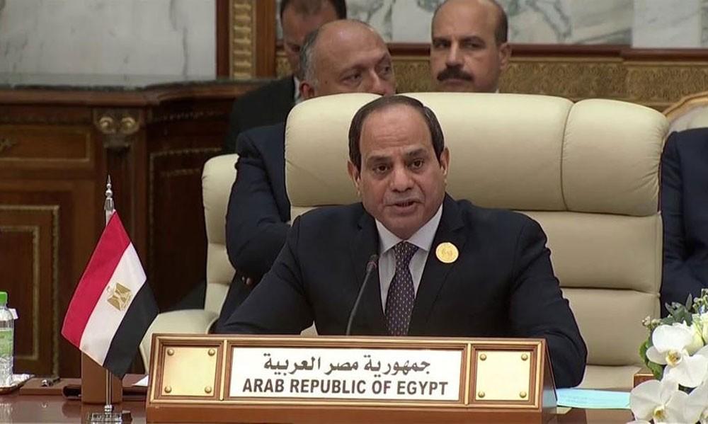 السيسي: اجتمعنا لنوجه رسالة تضامن مع السعودية والإمارات