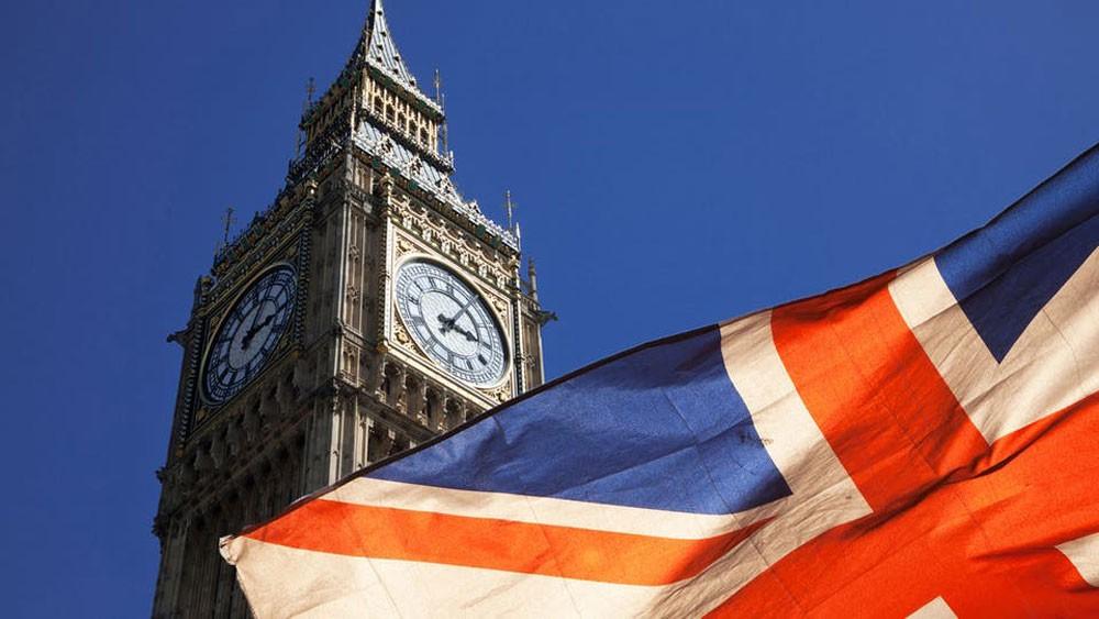 """اقتصاد بريطانيا على شفا الركود بسبب """"بريسكت"""""""