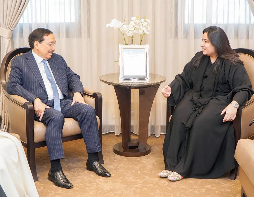 وكيل وزارة الخارجية تستقبل مبعوث رئيس الفلبين لدول مجلس التعاون