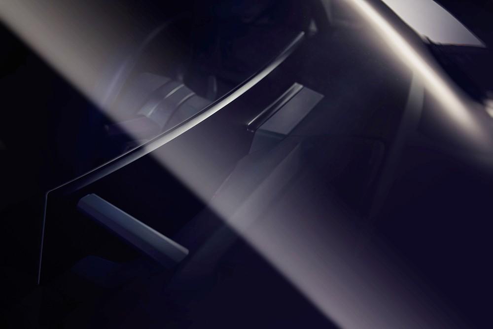 شاشة العرض المنحنية في BMW iNEXT فخامة وتصميم