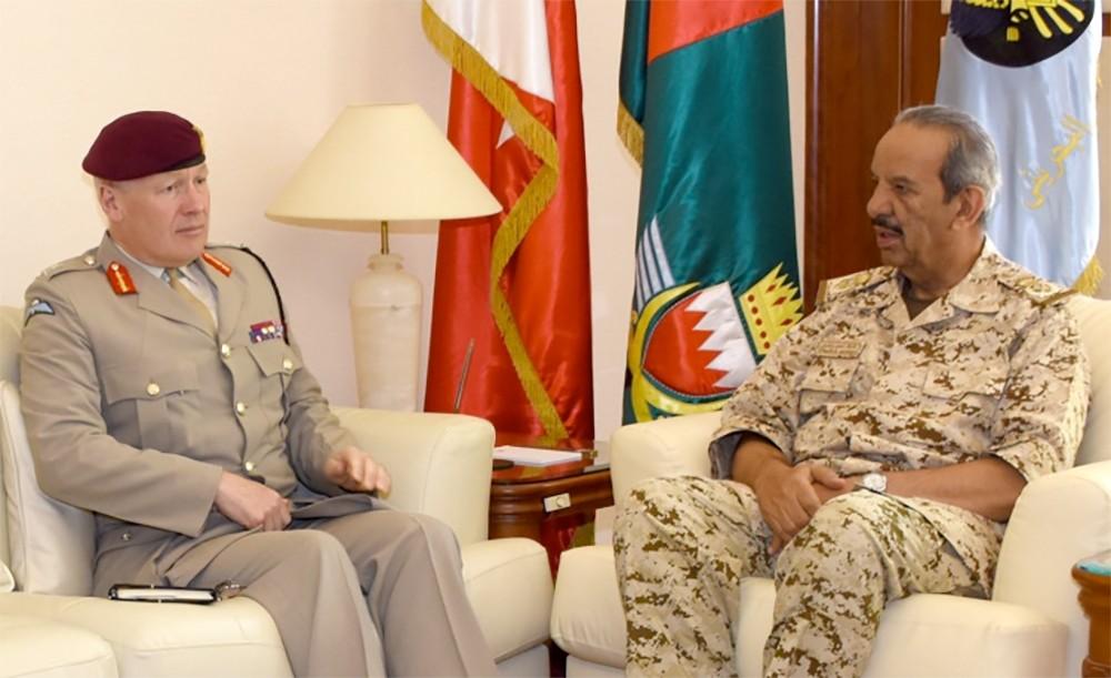 القائد العام يستقبل كبير مستشاري الدفاع للشرق الأوسط بالمملكة المتحدة
