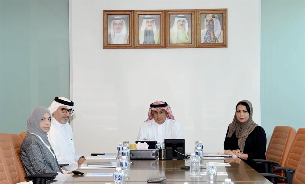 وزير الصناعة والتجارة والسياحة يجتمع بالأمين العام لمجلس المناقصات والمزايدات