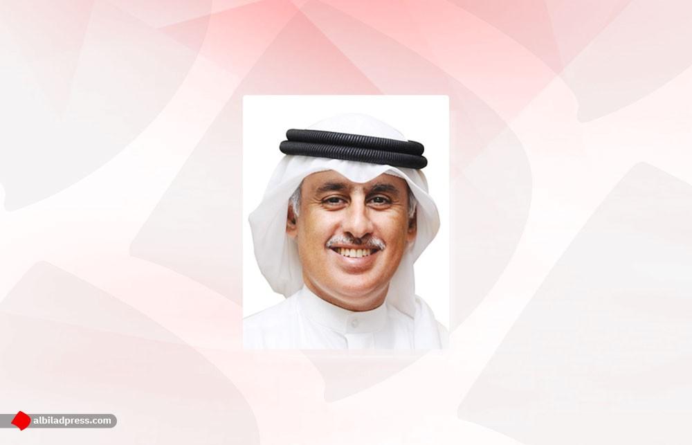 وزير الصناعة والتجارة والسياحة يشيد بدور الصحافة المحلية في تنوير الرأي العام ونقل الأحداث