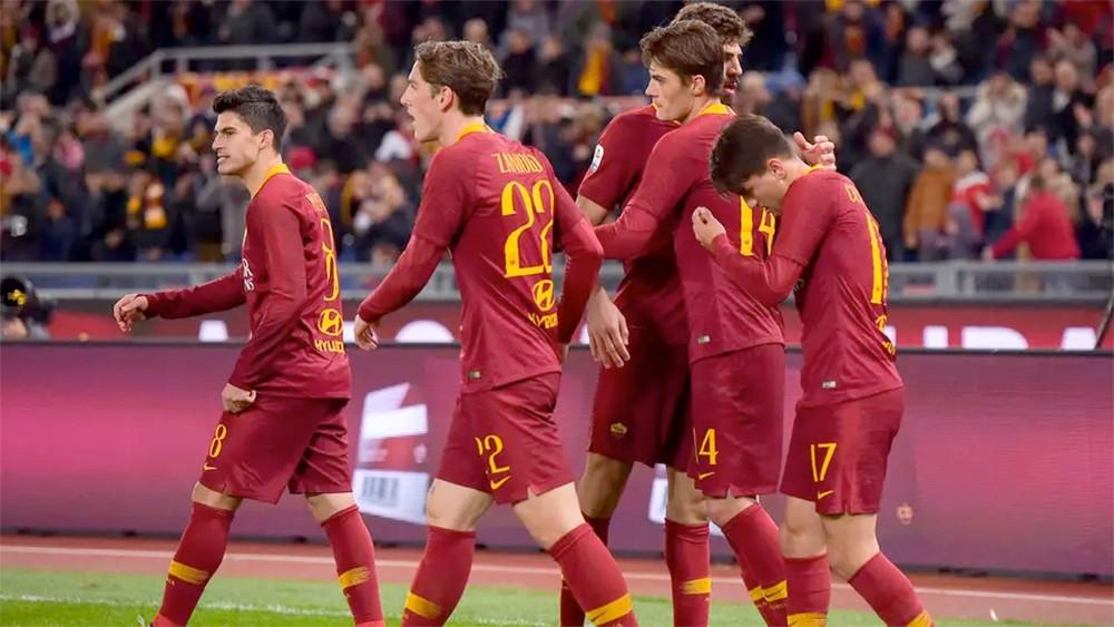 روما يخسر مليوني دولار لانسحابه من كأس الأبطال الدولية