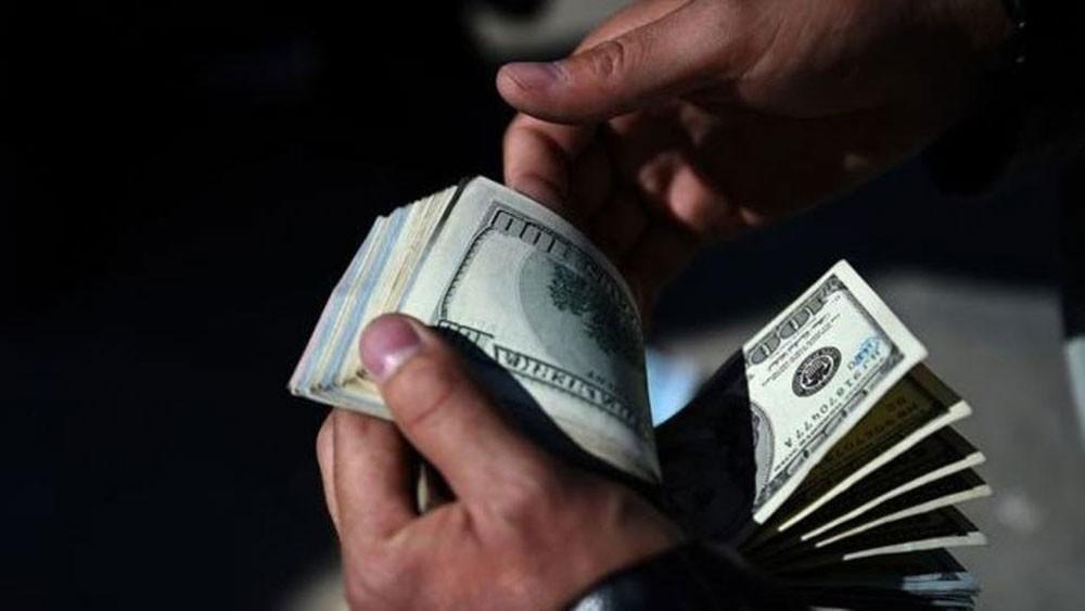 منذ بدء العقوبات.. إيران هربت 5 مليارات دولار من أفغانستان