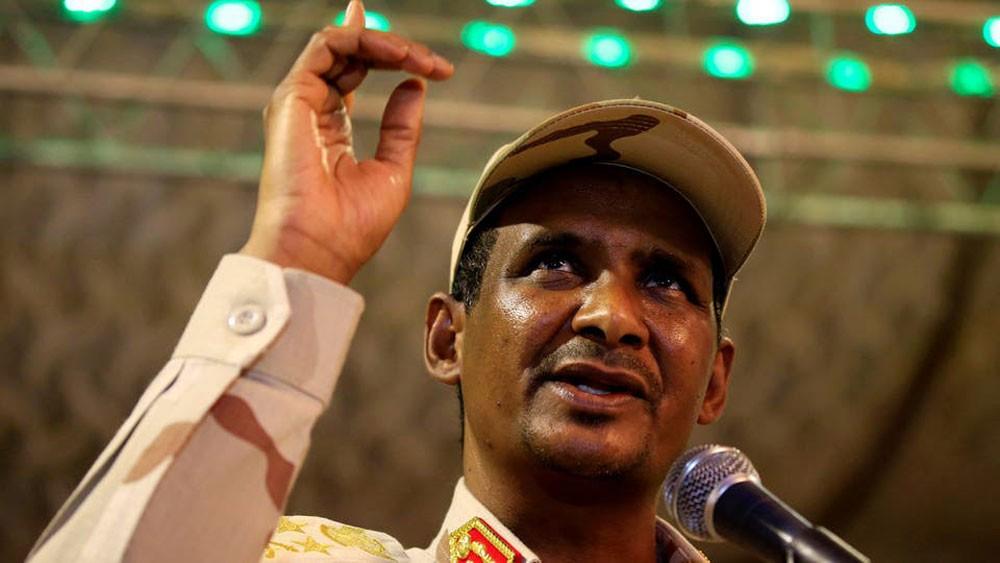 حميدتي: المجلس العسكري يسعى لإجراء انتخابات نزيهة بالسودان