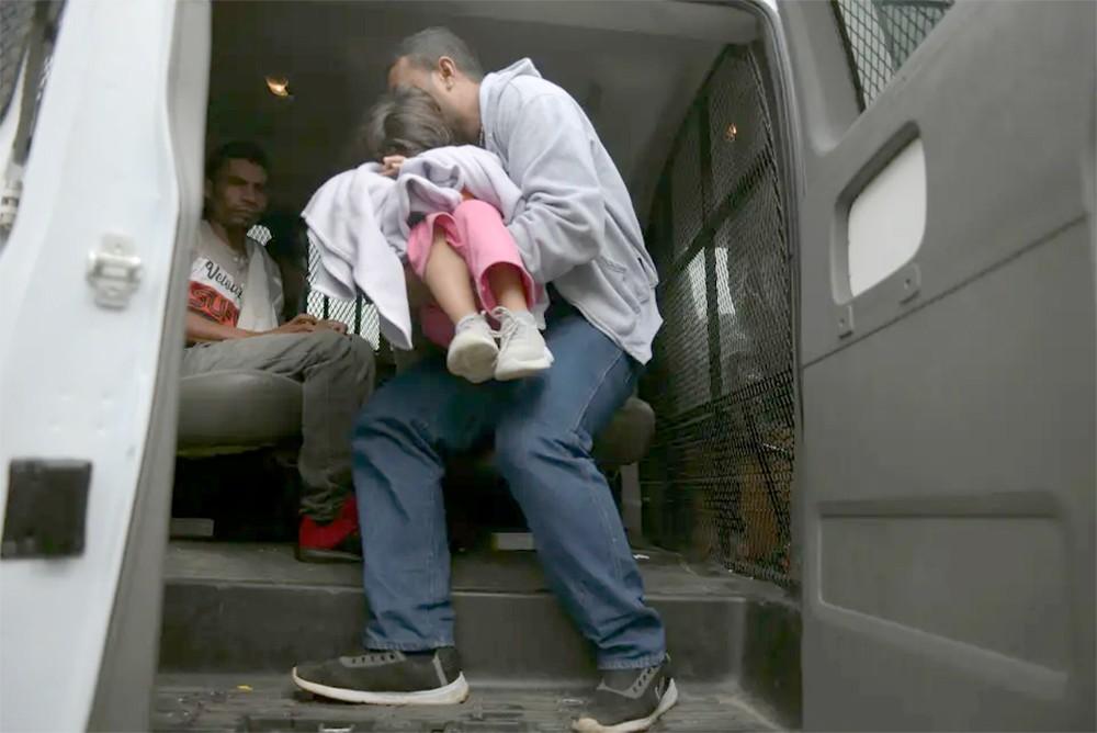 4 شاحنات موت ضبطتها المكسيك.. مهاجرون وأطفال وتجار بشر