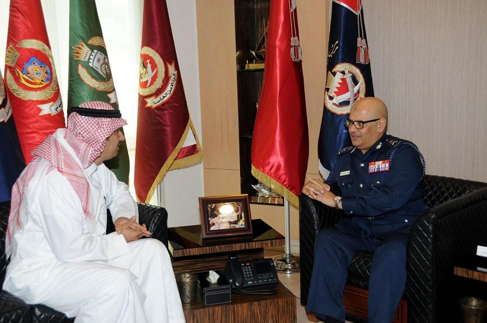 رئيس الأمن العام يستقبل مدير مكتب الاتصال بالسفارة السعودية