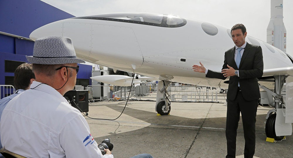 أول طائرة ركاب كهربائية في العالم