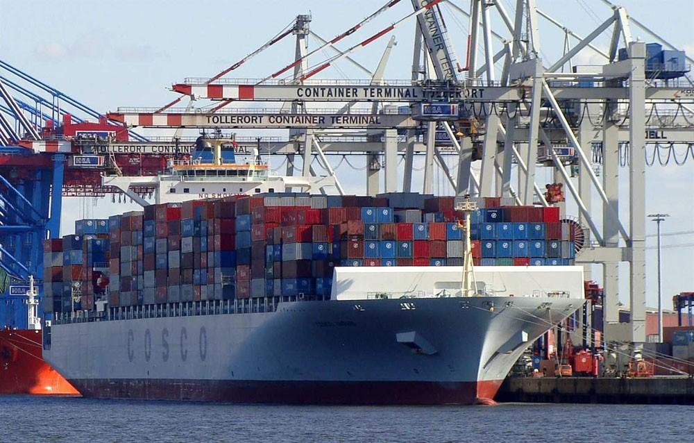 تراجع الصادرات اليابانية متأثرة بتباطؤ الاقتصاد الصيني