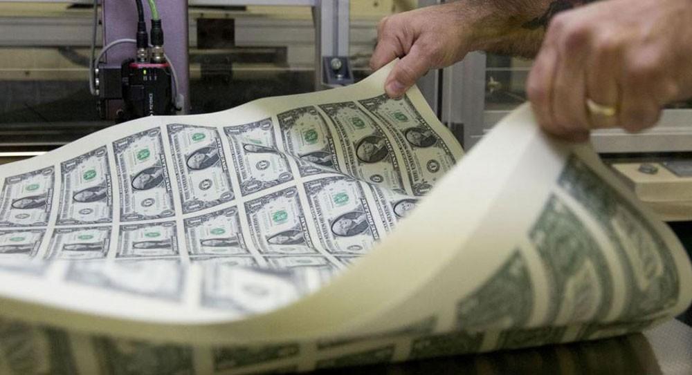 الدولار يتجه لتكبد خسارة أسبوعية مع اعتزام الفدرالي خفض الفائدة