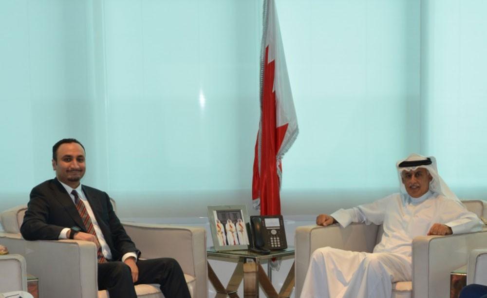 وزير الصناعة يجتمع مع المدير التنفيذي لمركز صادرات البحرين