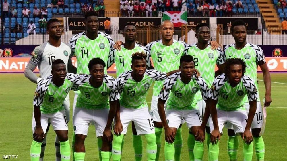 """نجوم نيجيريا يعلقون """"إضراب المكافآت"""""""