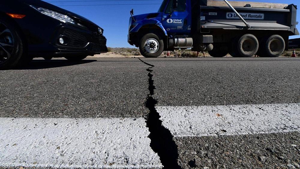 زلزال كاليفورنيا.. إعلان الطوارئ والجيش يخلي قاعدة عسكرية