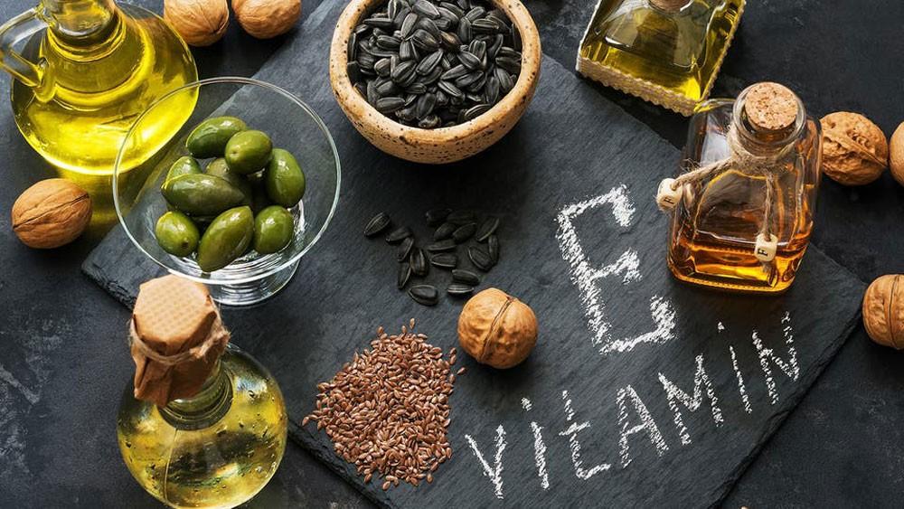 4 فوائد لفيتامين E تحتاجها بشرتنا