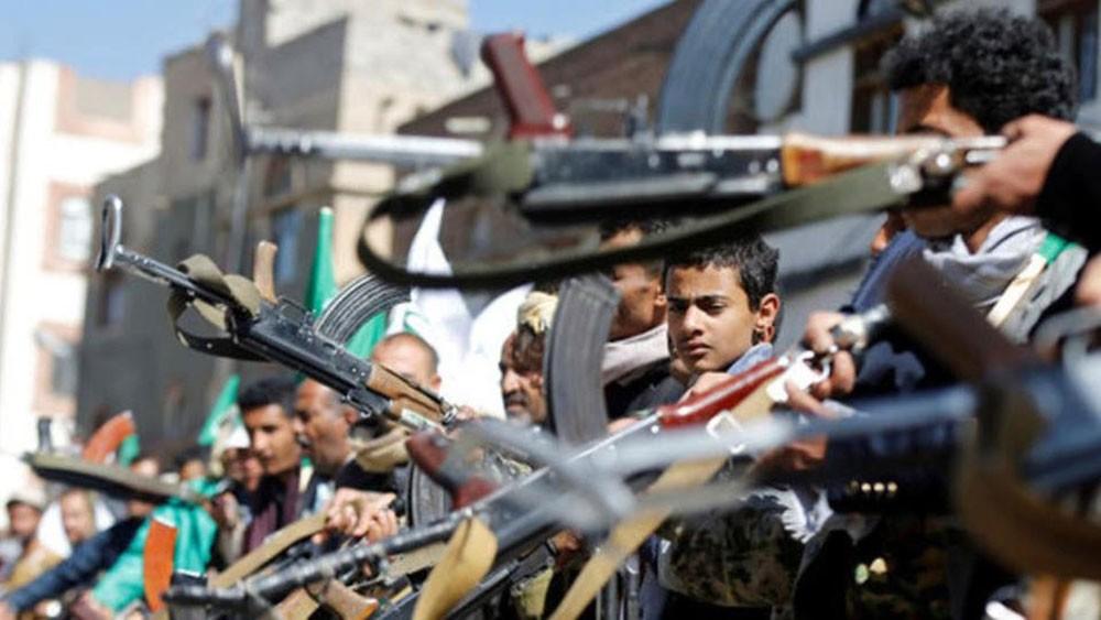 الحوثي يمنع سفنا نفطية من دخول الحديدة ويفتعل أزمة وقود