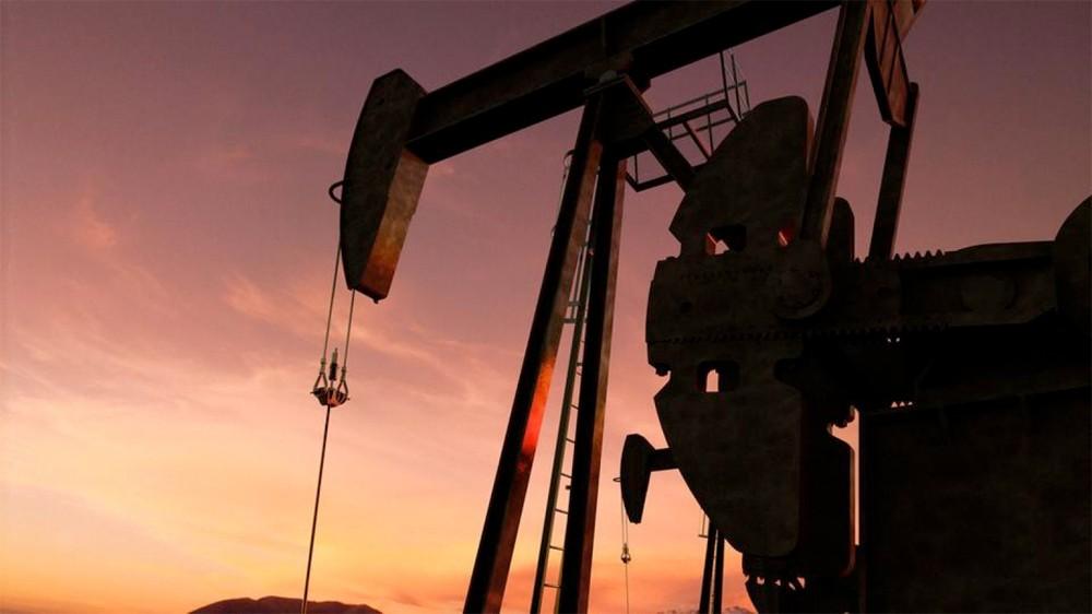 النفط يتلقى دعماً من أرقام المخزونات وتقلبات الطقس