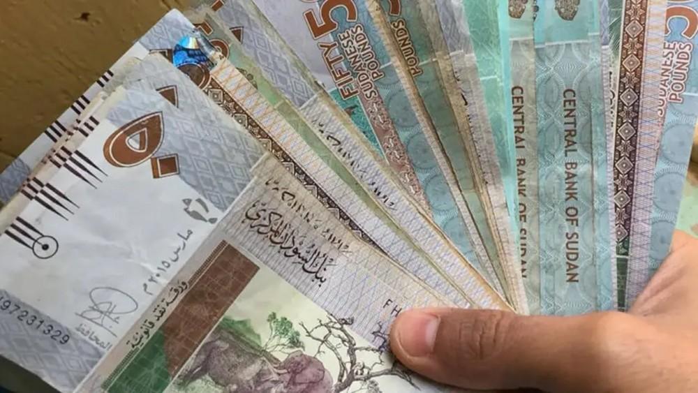 السودان.. تذبذب في سعر صرف العملة بفعل التوترات المحلية