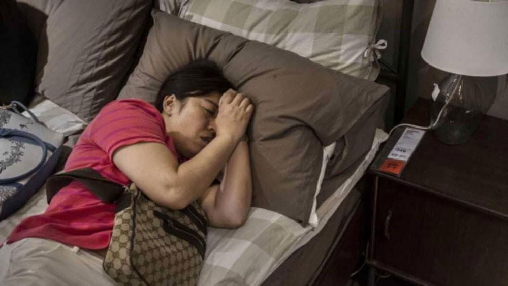 7 أشياء في غرفة نومك.. تخلص منها فورا