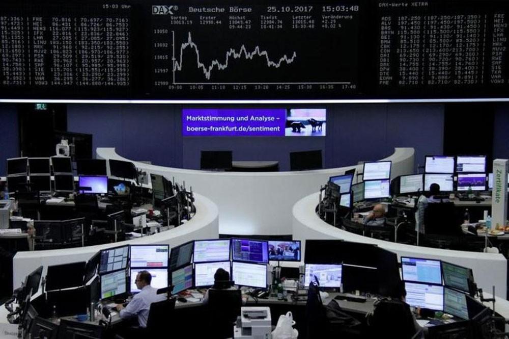 الأسهم الأوروبية تستقر صباحاً بعد نتائج أعمال متباينة