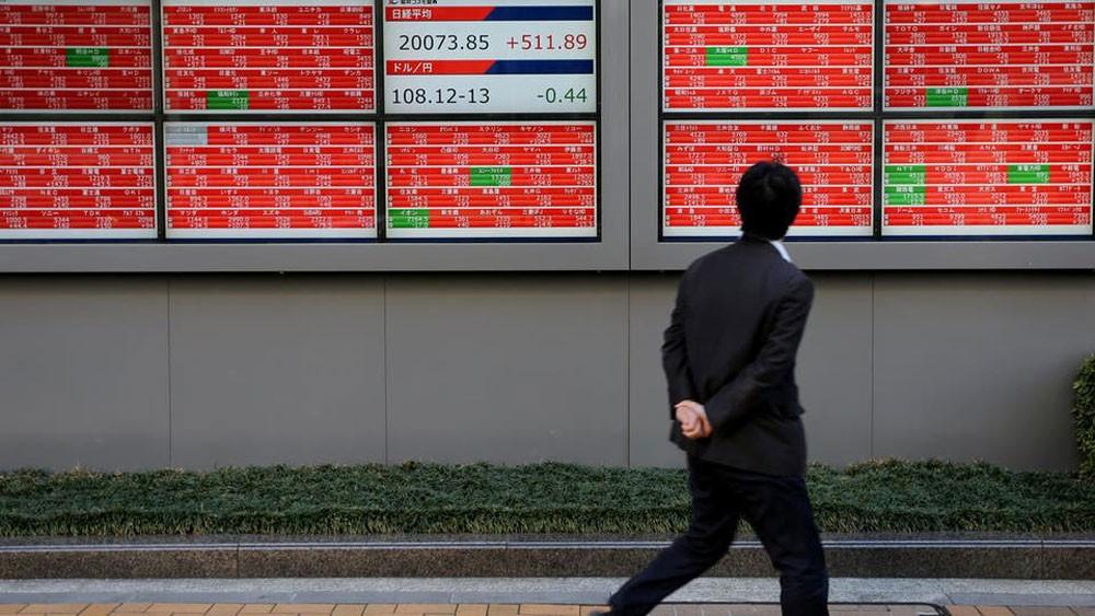 أسهم اليابان تتكبد أشد انخفاض في 4 أشهر
