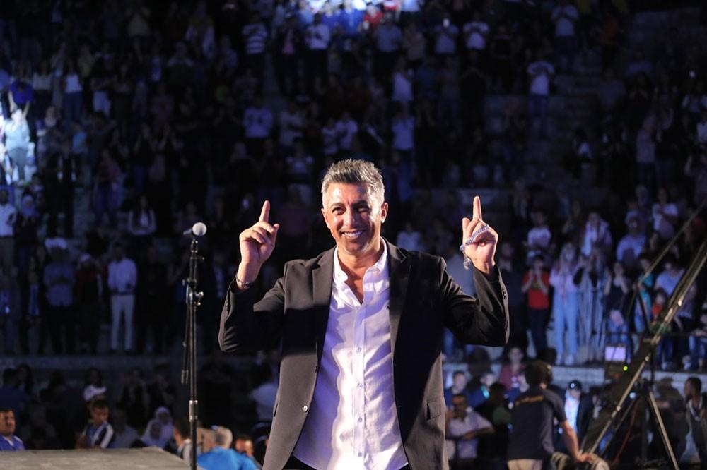 عمر العبداللات يحقق نجاحاً جماهيرياً في إفتتاح جرش