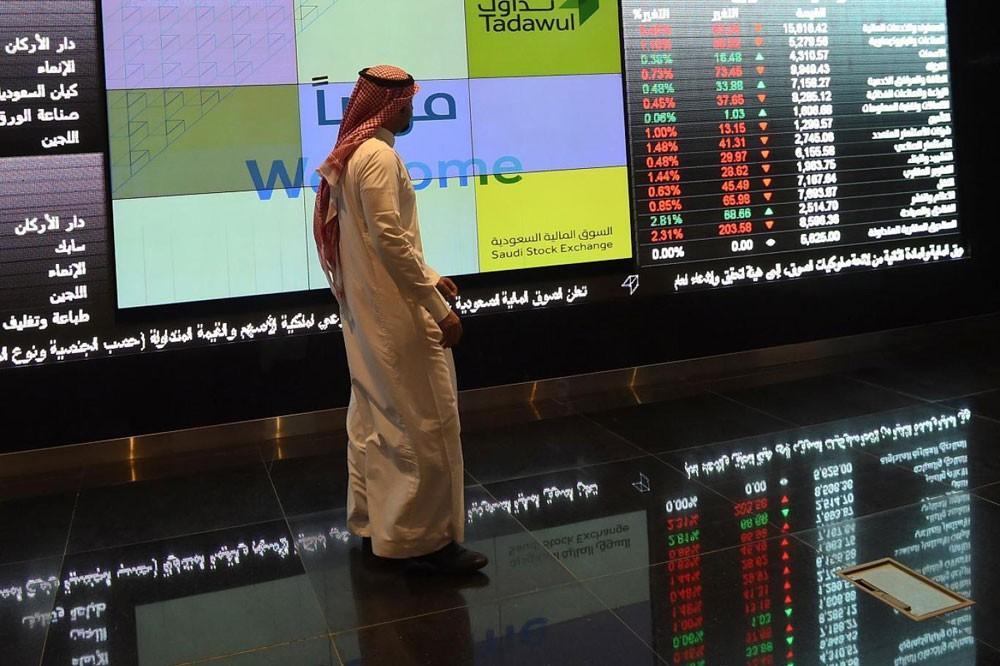 هل تضخمت أسعار الأسهم السعودية مع تدفق السيولة؟
