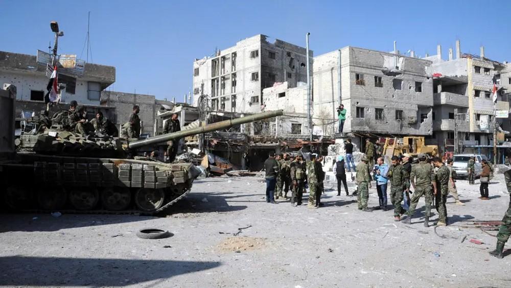 سطو مسلح في سوريا.. والأصابع تتجه للحرس الثوري والنظام