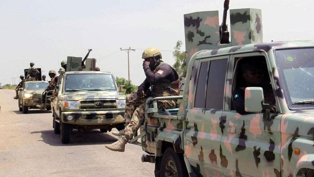 داعش تتبنى هجوما أوقع عشرات القتلى بنيجيريا
