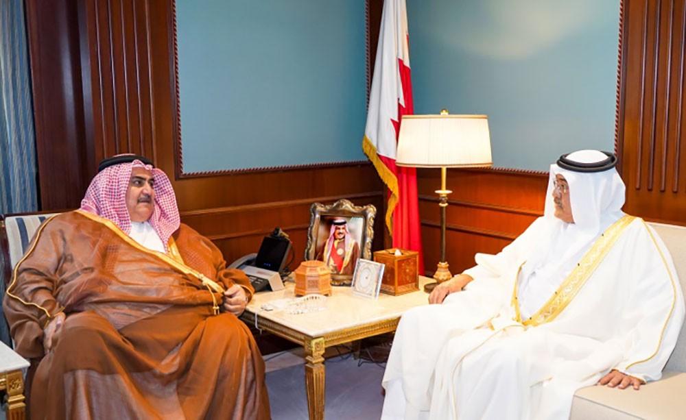 وزير الخارجية يستقبل رئيس مجلس أمناء مركز الملك حمد للتعايش