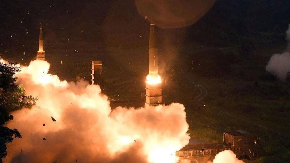 """الصين تحذر 3 دول """"تحديدا"""" من نشر صواريخ أميركية"""